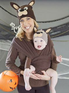 Baby halloween costumes with photos halloweenfreebies diy fox costume mom and baby kangaroo solutioingenieria Choice Image