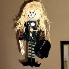 How to Make a Hanging Witch